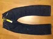 Новые английские джинсы скинни на худощавого  мужчину или подростка
