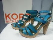 Босоножки Michael Kors ( оригинал ), кожаные, цвет - голубой насыщенный.