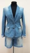 Джинсовый костюм Massimo Dutti, шорты и пиджак, отличное состояние.