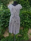 Шелковое платье Laurèl ( оригинал ), новое с ценниками, подкладка - шелк.