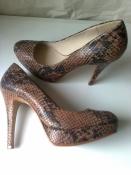 Хищные туфли 39р. 25,2 см., качество, тренд!