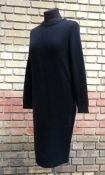 Платье - свитер из мягкой шерсти Iceberg, оригинал, цвет - черный.