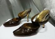 Туфли Gucci, оригинал, лакированная кожа / кожа крокодила, цвет - зеленое золото.