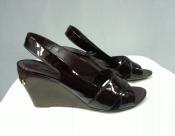 Босоножки Louis Vuitton ( Луи Витон ), оригинал, цвет - темно / вишневый.