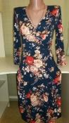 Трикотажное платье-миди от Laura Ashley