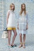 Платье Chloé, оригинал, шелк  / хлопок, состояние идеальное,  цвет- бело / голубой.