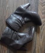 Коричневые кожаные фирменные полусапожки Clarks - 8 размер, 26,5 см