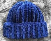 Шапка вязаная ручная работа синяя велюр новая handmade зима