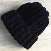 Шапка вязаная ручная работа черная велюр новая handmade зима