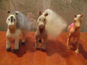 фигурки лошадок