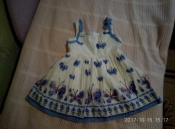 нереальной красоты легкое платье в бабочках george на 2-3 года