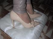 Роскошные туфли-лодочки под крокодиловую кожу беж и черные, фото на мне