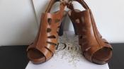 Кожаные модельные босоножки Tamaris Тамарис Оригинал разм. 35 - 36