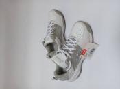 Кроссовки. Брендове взуття Stock