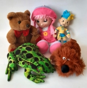 Набір м'яких іграшок та ляльок - 5 штук