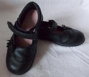 Черные кожаные фирменные туфли Clarks на девочку - 16 см, 8 размер
