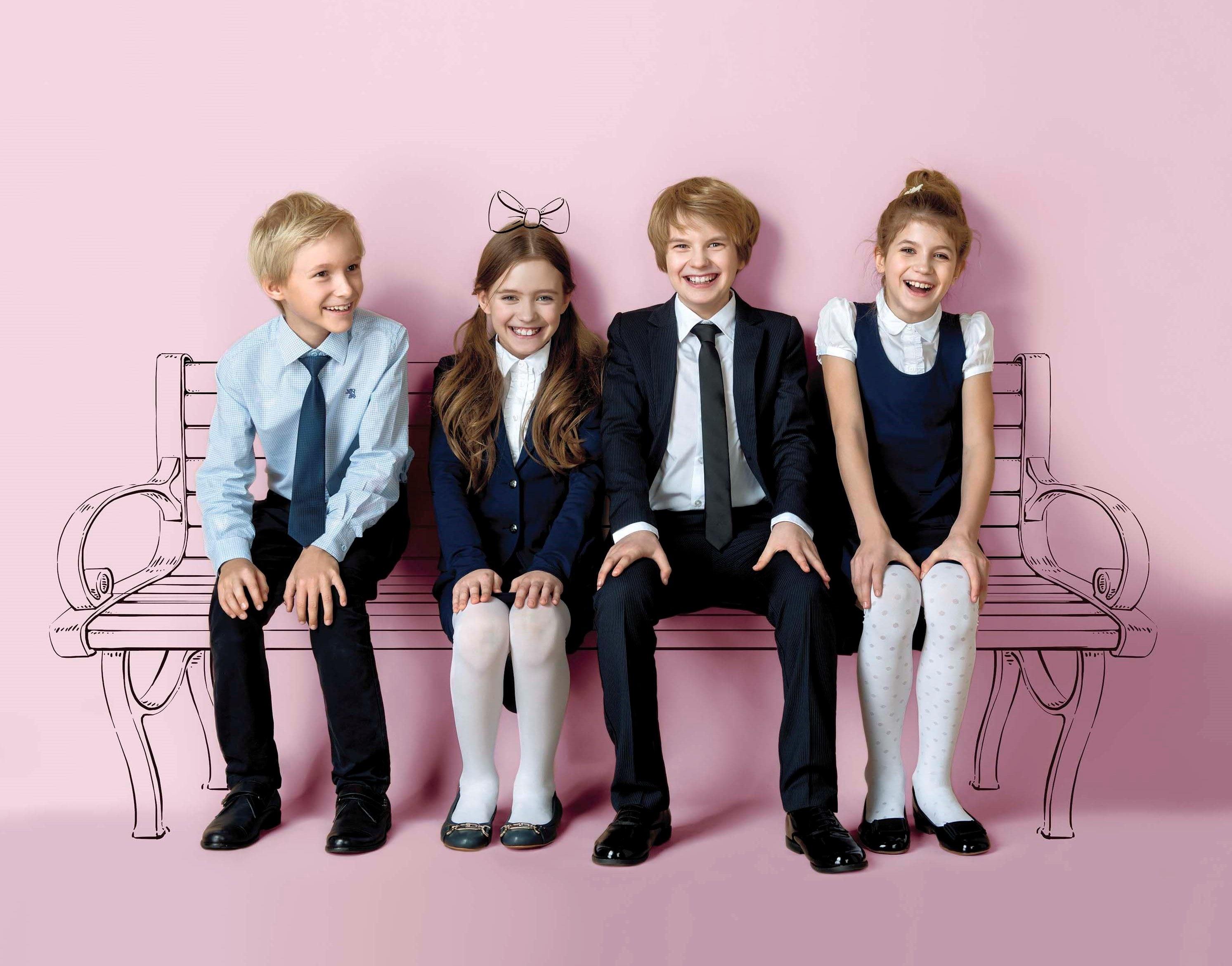 Якісні шкільні костюми для дівчаток і хлопчиків - які вони  Довговічні.  Хороша форма ... 9a8b70a5d067c